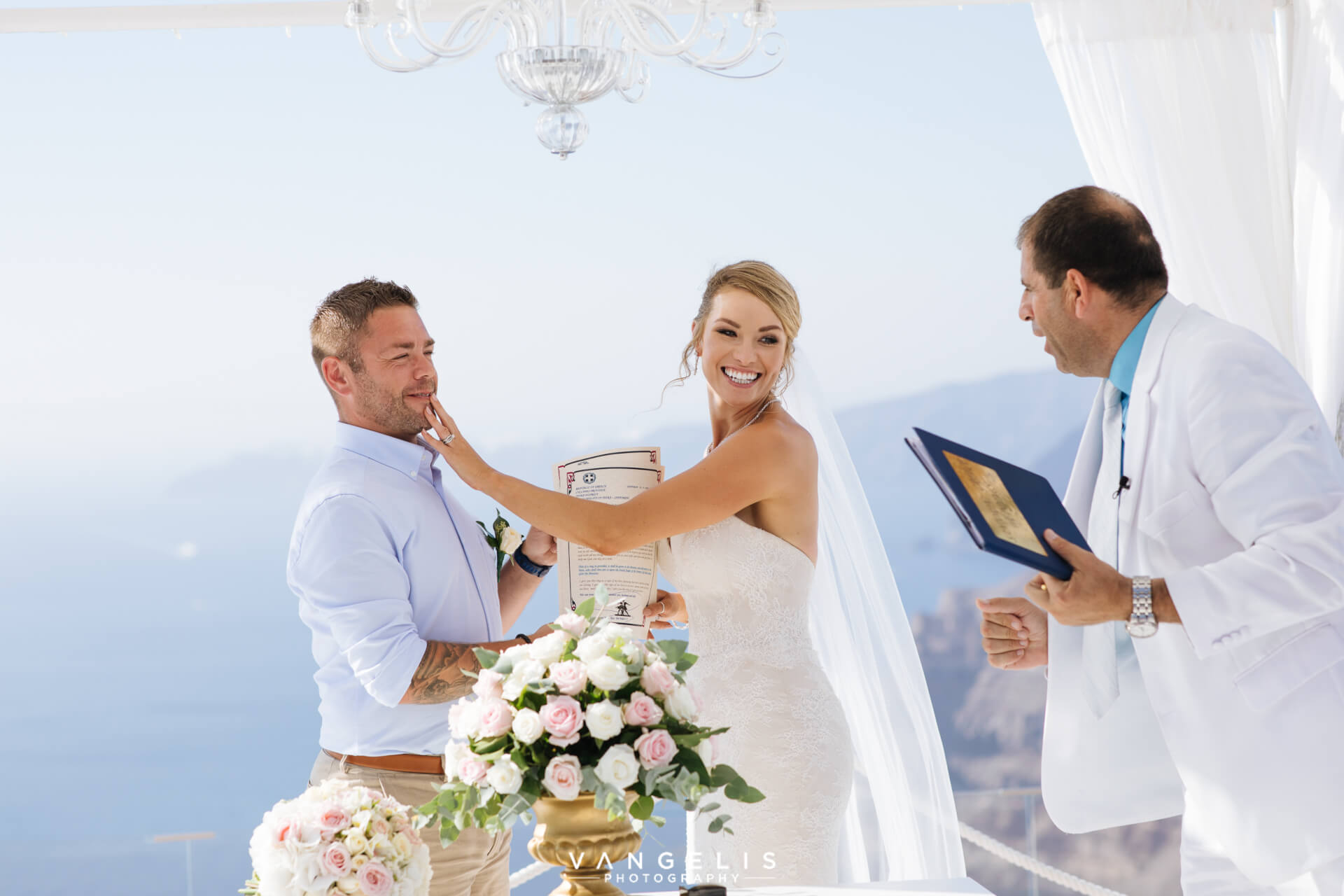 Happy Couples - Wedding Stories - Santorini Gem